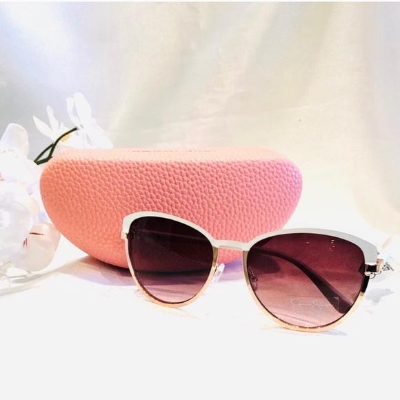 🌺Jessica Simpson Sunglasses White/Rose Gold+Case